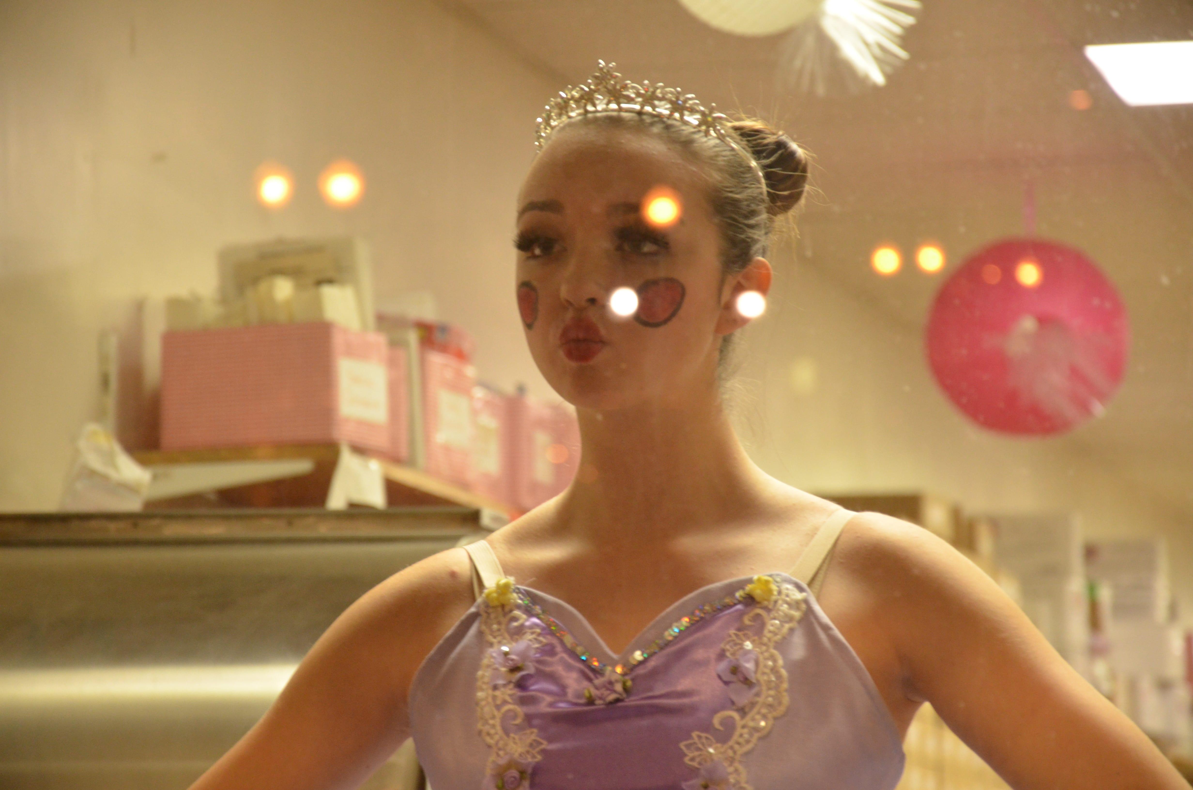 050 – Beth Fowler School of Dance : Genoa and St. Charles Illinois